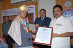 Dr. Wooday P. Krishna, Chairman, The Institution of Engineers (India), Karnataka State Centre, felicitating Dr. L. V. Muralikrishna Reddy on his nomination as National Vice President of IEI, 1-2-2014.