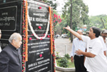 Paying floral tributes to the Statute of Sir M. Visvesvaraya, Bengaluru.