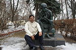 Dr. Wooday P. Krishna, Chairman, Gandhi Peace Foundation, Bengaluru Centre before the Mahatma Gandhi statue at the Indian Embassy in Moscow, February 2015