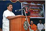 Educationist Dr. Wooday P. Krishna addressing the gathering on the occasion of the death anniversary of Social Reformer Raja Rammohun Roy at a function organized by Bengaluru Brahmo Samaj and Anakru Kannada Sangha, Bengaluru, 27-9- 2016. Also seen are: Former Minister and Kannada Writer Dr. Lalitha Nayak and Bengaluru Brahmo Samaj President Dr. Ashoka Gurudas.